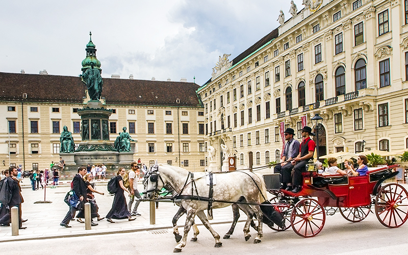 Book Taxi in Vienna